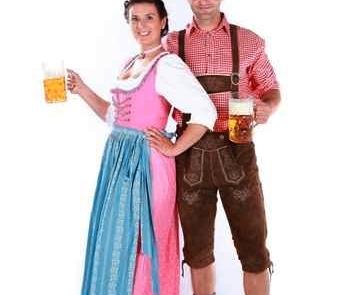 trachtenpaar-bier